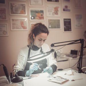 Sara Moreno artista aerografía